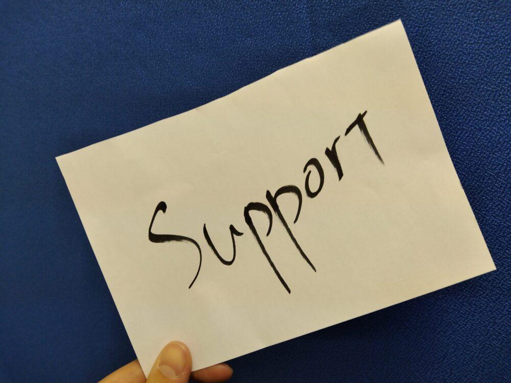 自費出版サービスを選択する際の注意点!自分に必要なサポートは何?